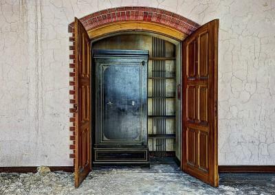 closet-426388_1280